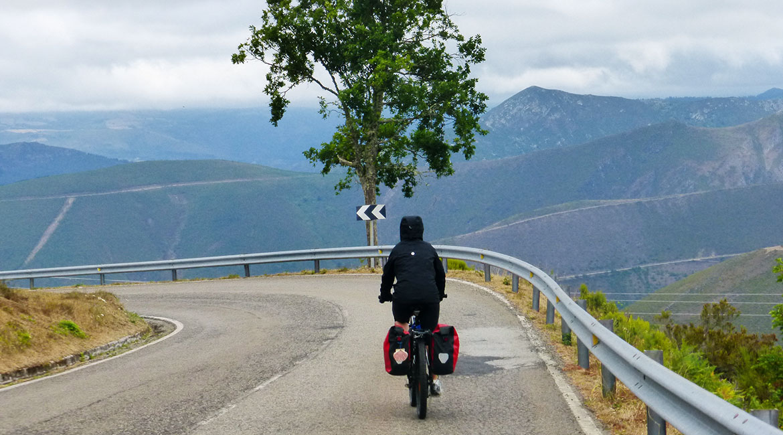 Camino de Santiago bike tour. Berducedo | BIKING THROUGH SPAIN