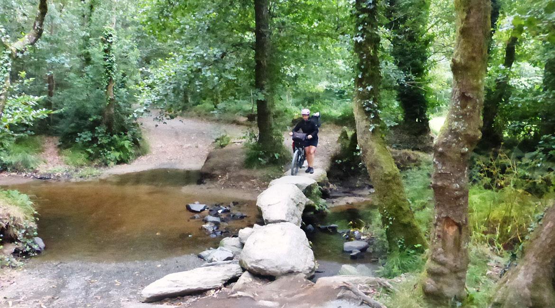 Camino de Santiago bike tour. Bridge 2 | BIKING THROUGH SPAIN