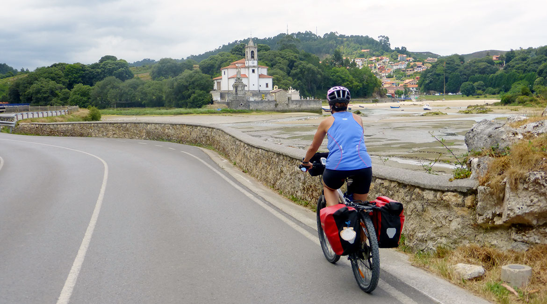 Camino de Santiago bike tour. Low water| BIKING THROUGH SPAIN