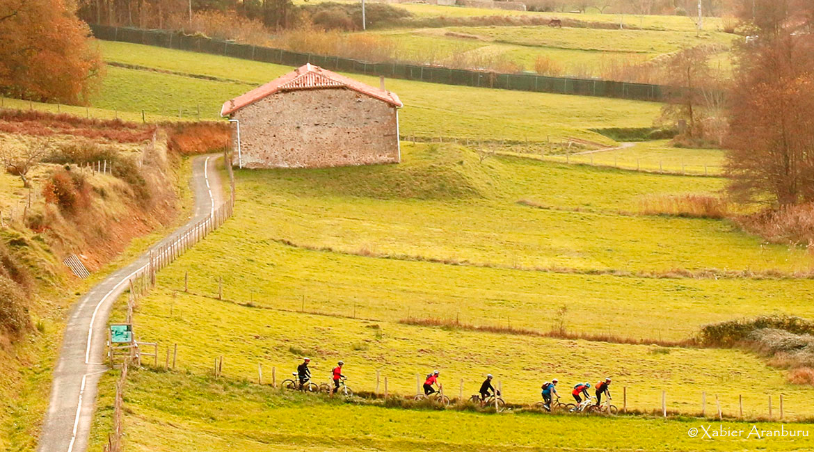 Trip around Basque Country on bike. Guernika | BIKING THROUGH SPAIN