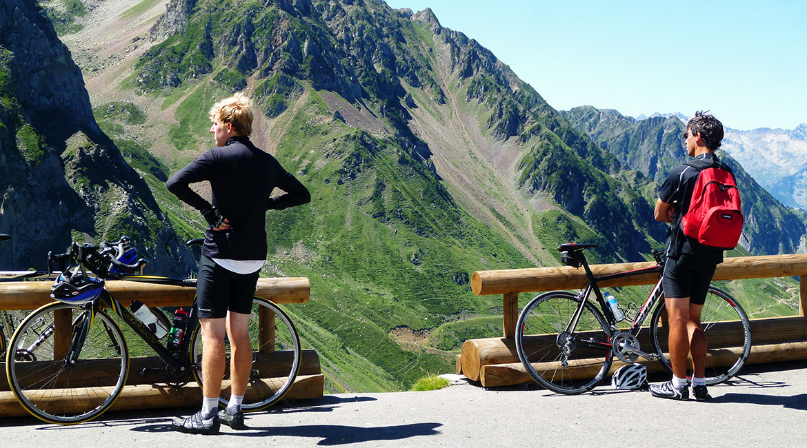 Pyrenees on bike Tourmalet 3. BIKING THROUGH SPAIN 1170X650