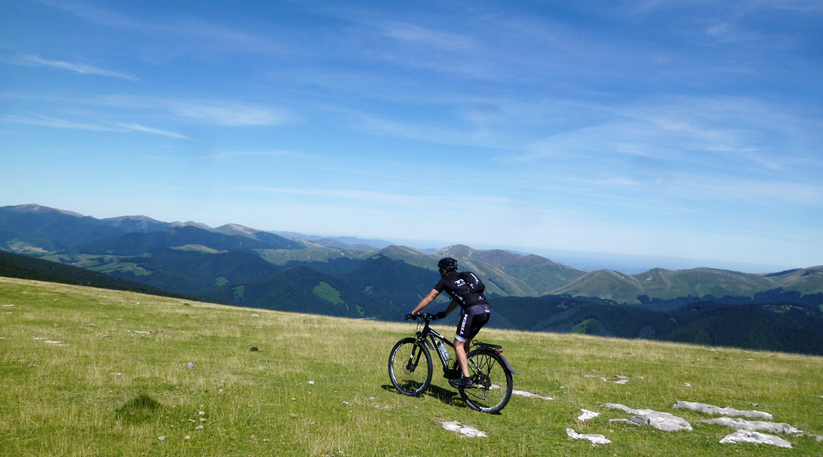 Pyrenees on MTB Abodi 2 | BIKING THROUGH SPAIN