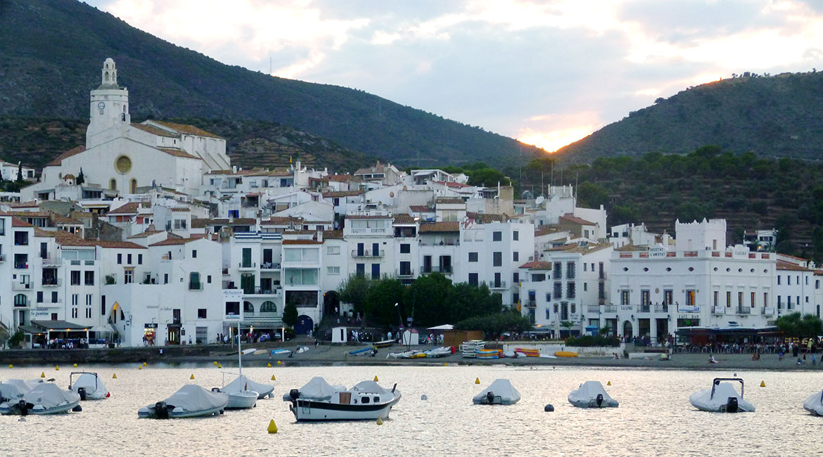 Cycling through Emporda. Cadaqués 2 | BIKING THROUGH SPAIN