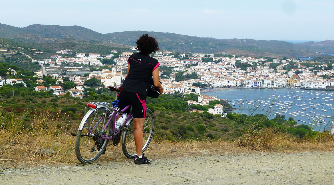 Cycling through Emporda. Cadaqués | BIKING THROUGH SPAIN