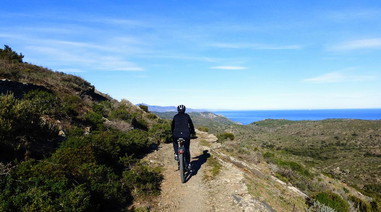 Cycling through Emporda. To Port de la Selva | BIKING THROUGH SPAIN